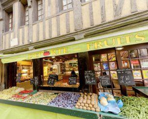 Normandie_Harfleur_Obst_Gemüse_Laden_©Hilke Maunder