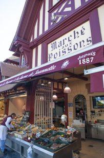Normandie_Trouville-Fischmarkt_Fruit de Mer_Seafood_Markt_©HIlke Maunder