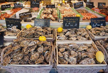 Normandie_Trouville-Fischmarkt_Fruit de Mer_Seafood_Markt_Austern ©Hilke Maunder