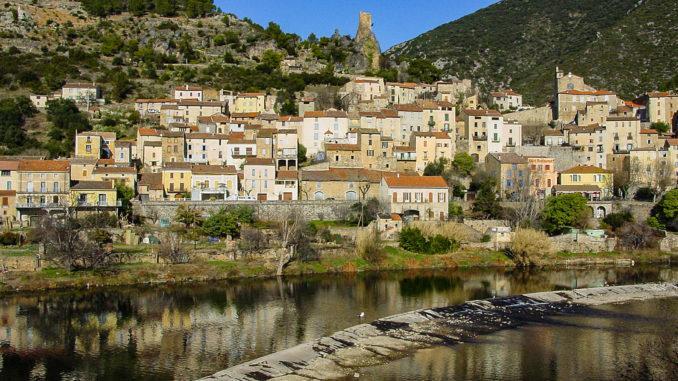 Roquebrun am Orb. Foto: Hilke Maunder