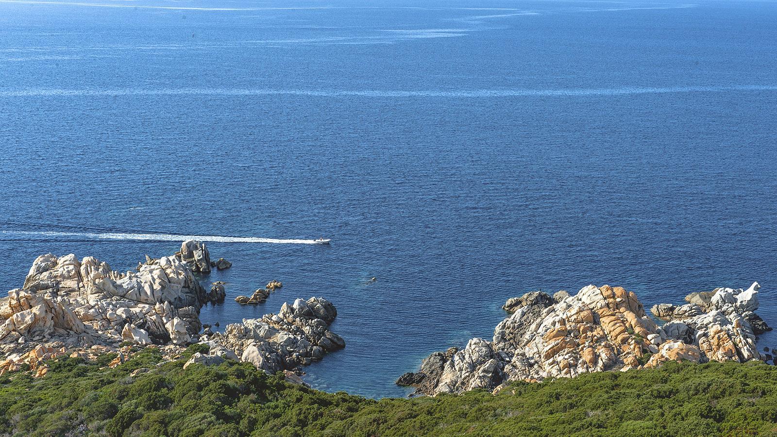 Campomoro: Blick vom Genueserturm auf den Golf von Valinco. Foto: Hilke Maunder