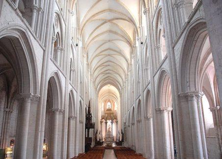 Fécamp_Kirche_innen_©Hilke Maunder