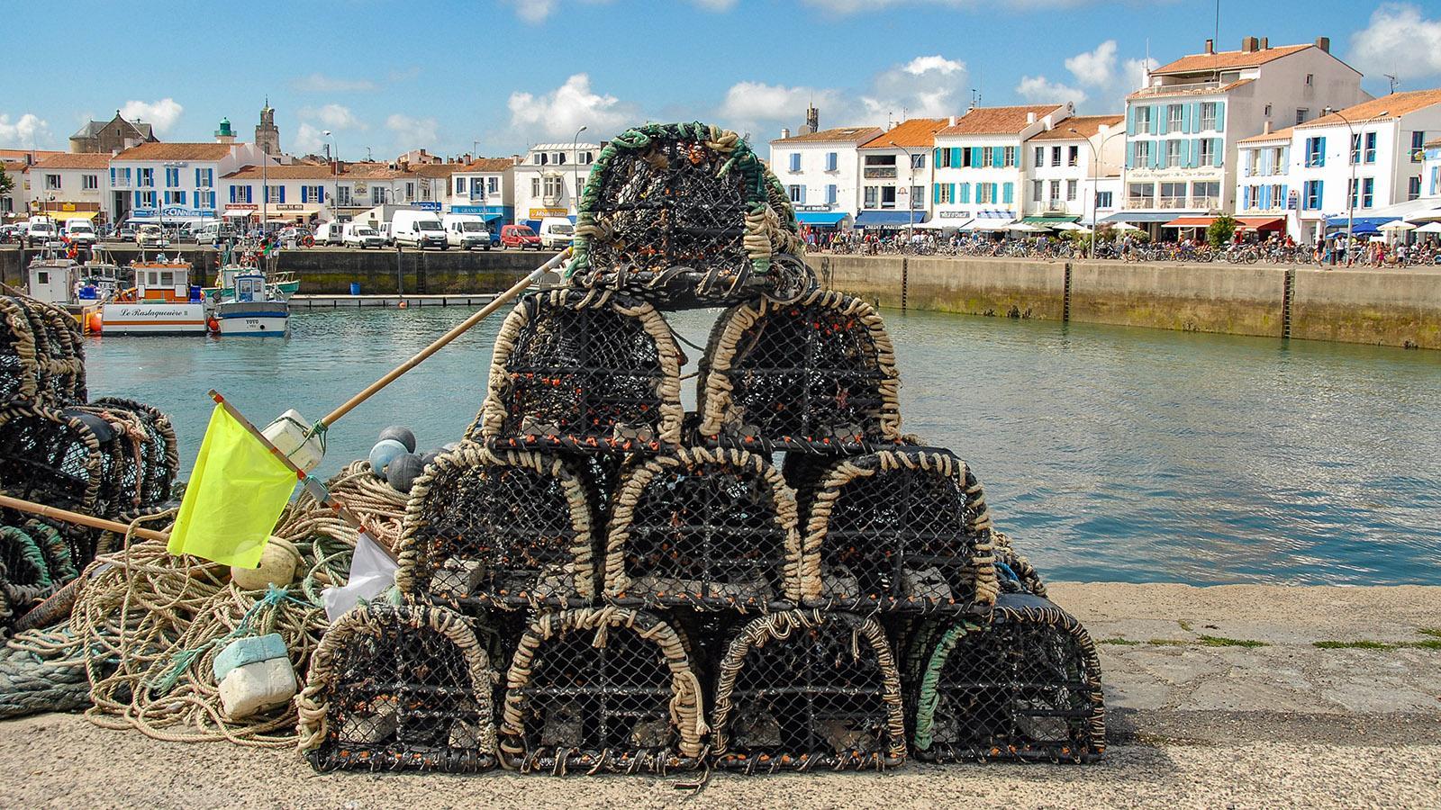 Île d'Yeu: Hummerkörbe im Hafen von Port-Joinville. Foto: Hilke Maunder