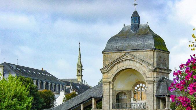 Ste-Anne d'Auray: Scala Sancta auf dem Wallfahrtsgelände. Foto: Hilke Maunder