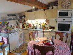 F-Pyrenees_StPauldeFenouilet_Gite_Odin_Kitchen