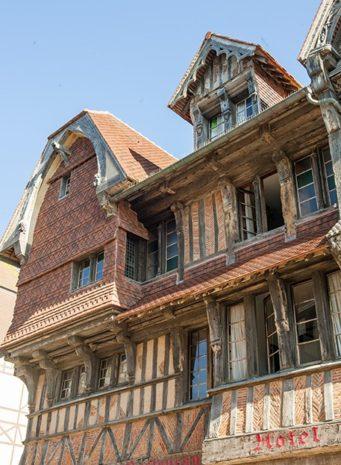 Normandie_etretat_fachwerk_credits_hilke-maunder