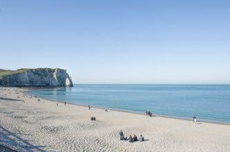 Normandie_etretat_strand-1_credits_hilke-maunder