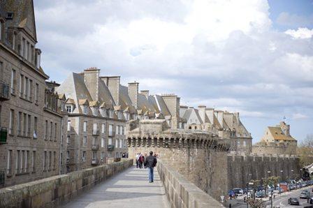 F_Bretagne_Saint Malo_Stadtmauer_1_72-©Hilke Maunder