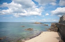 F_Bretagne_Saint Malo_Stadtmauer_Strand_72_©Hilke Maunder