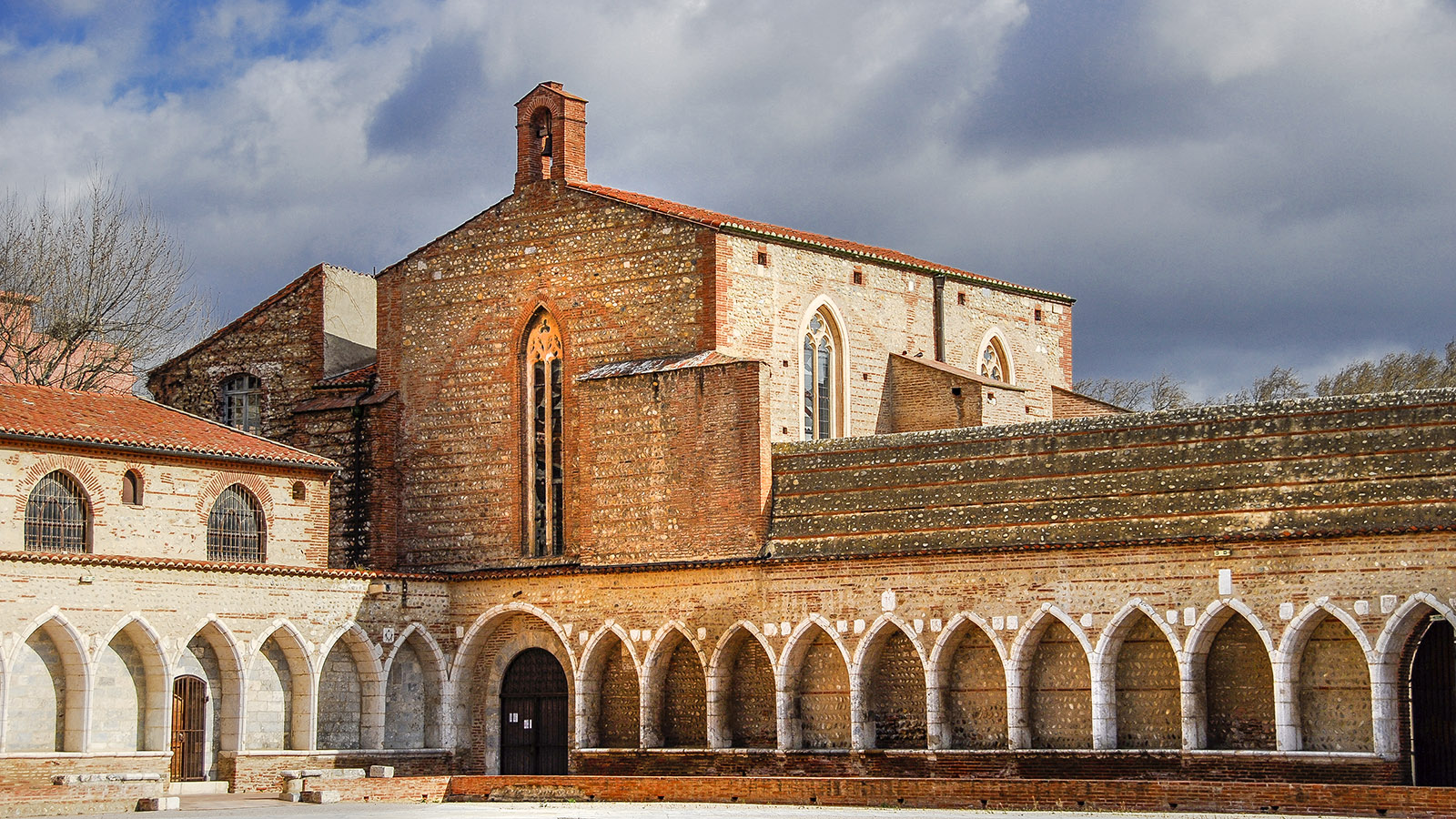 Perpignan: die Friedhofskapelle La Funeraria. Foto: Hilke Maunder