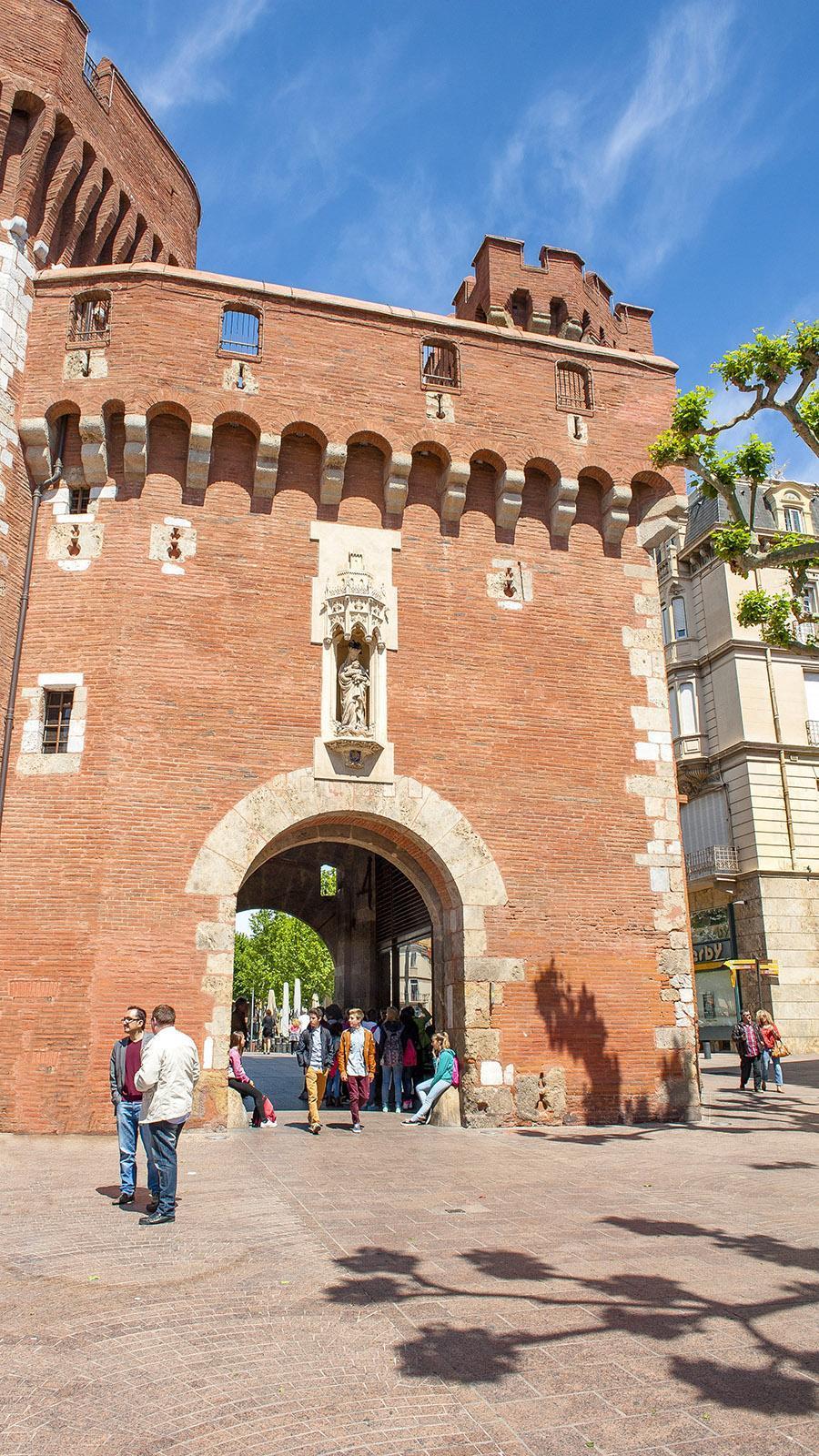 "Perpignan: Le Castillet, die ""kleine Burg"". Foto: Hilke Maunder"