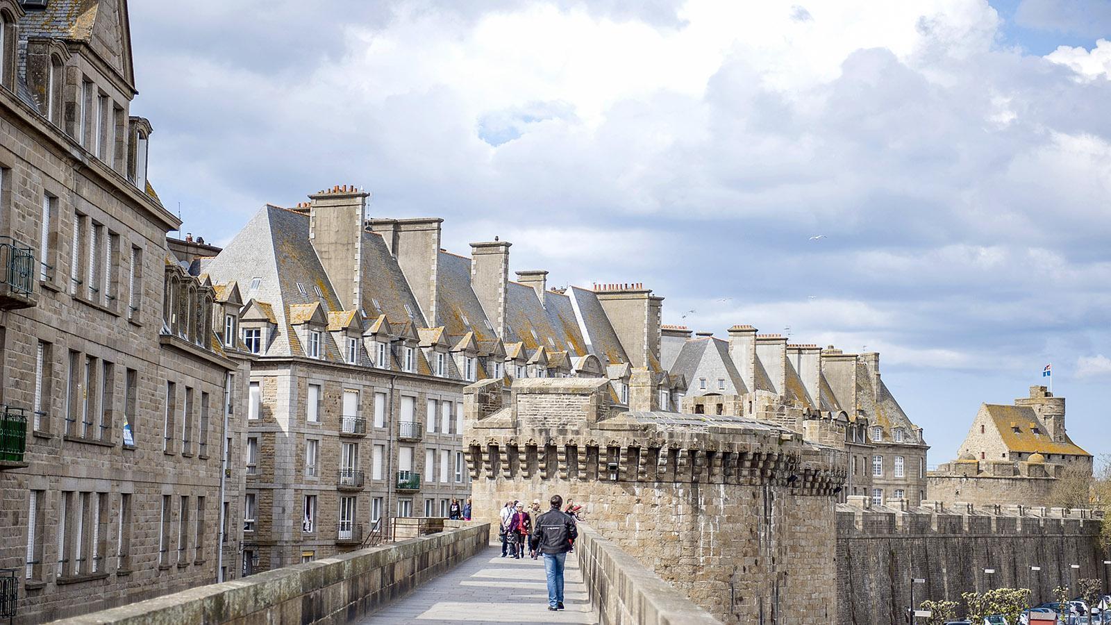 Die Remparts von Saint-Malo. Foto: Hilke Maunder