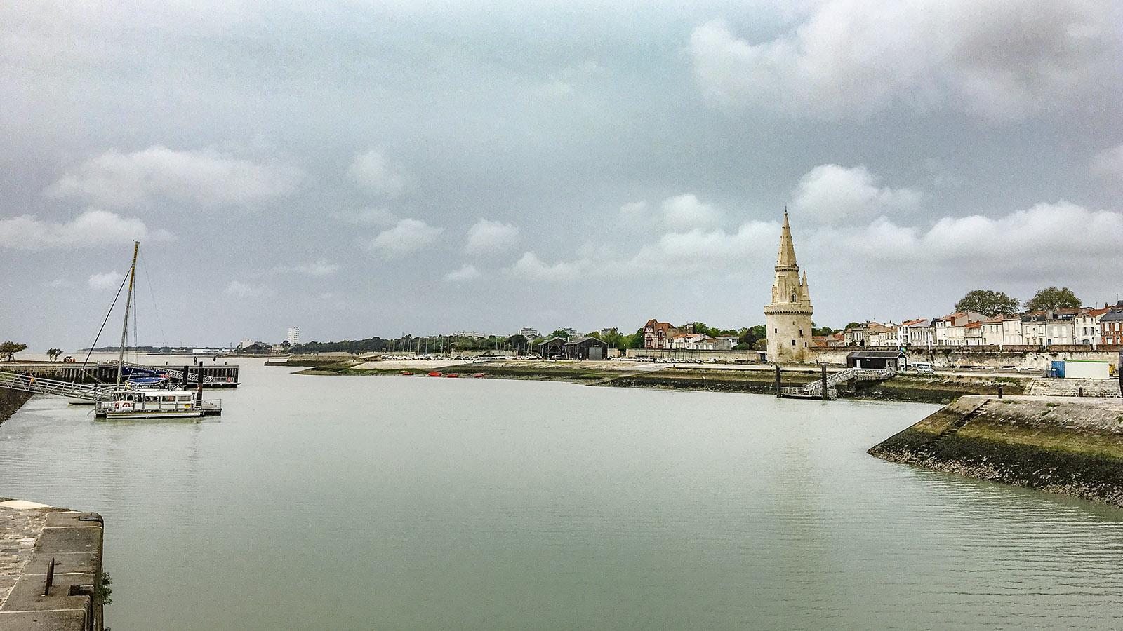 Der alte Hafen von La Rochelle mit der Tour de la Lanterne. Foto: Hilke Maunder