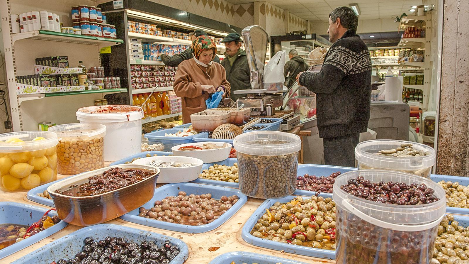 Marseille, Noailles: Beeindruckend, diese Olivenauswahl! Foto: Hilke Maunder
