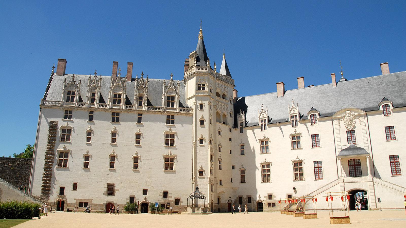 Nantes: das Schloss der bretonischen Herzöge. Der Innenhof. Foto: Hilke Maunder