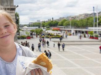Zum Paris-Bummel gehört ein Crêpe einfach dazu! Foto: Hilke Maunder