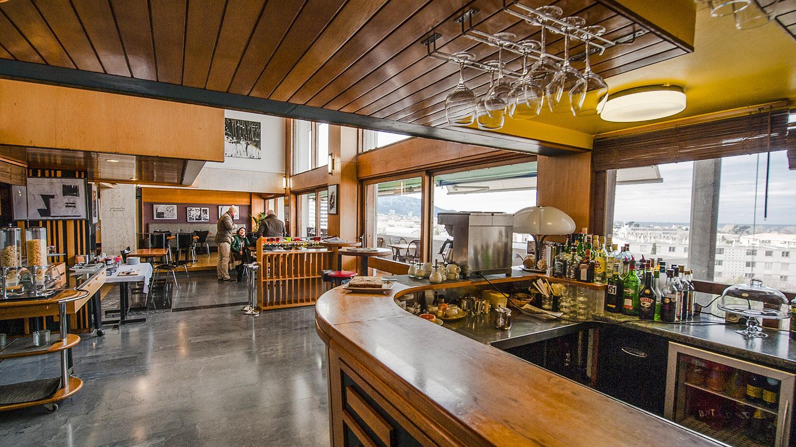 Cité Radieuse: das Restaurant des Hôtel Corbusier. Foto: Hilke Maunder