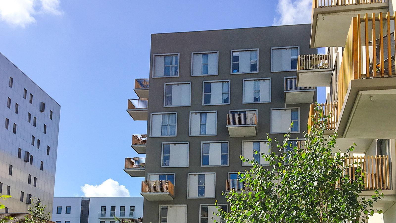 Île de Nantes: Neubau-Wohnungen. Foto: Hilke Maunder
