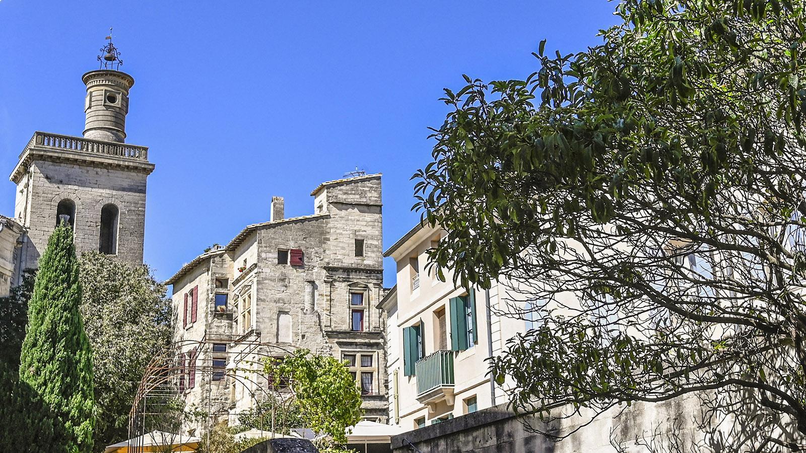 Uzès: Blick auf den Turm der Église Saint-Étienne. Foto: Hilke Maunder