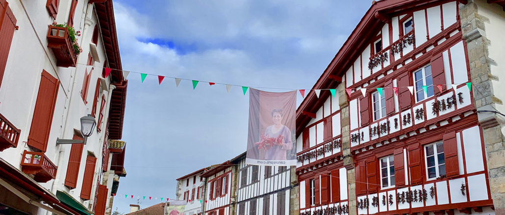 Espelette, die Heimat des Piment. Foto; Hike Maunder