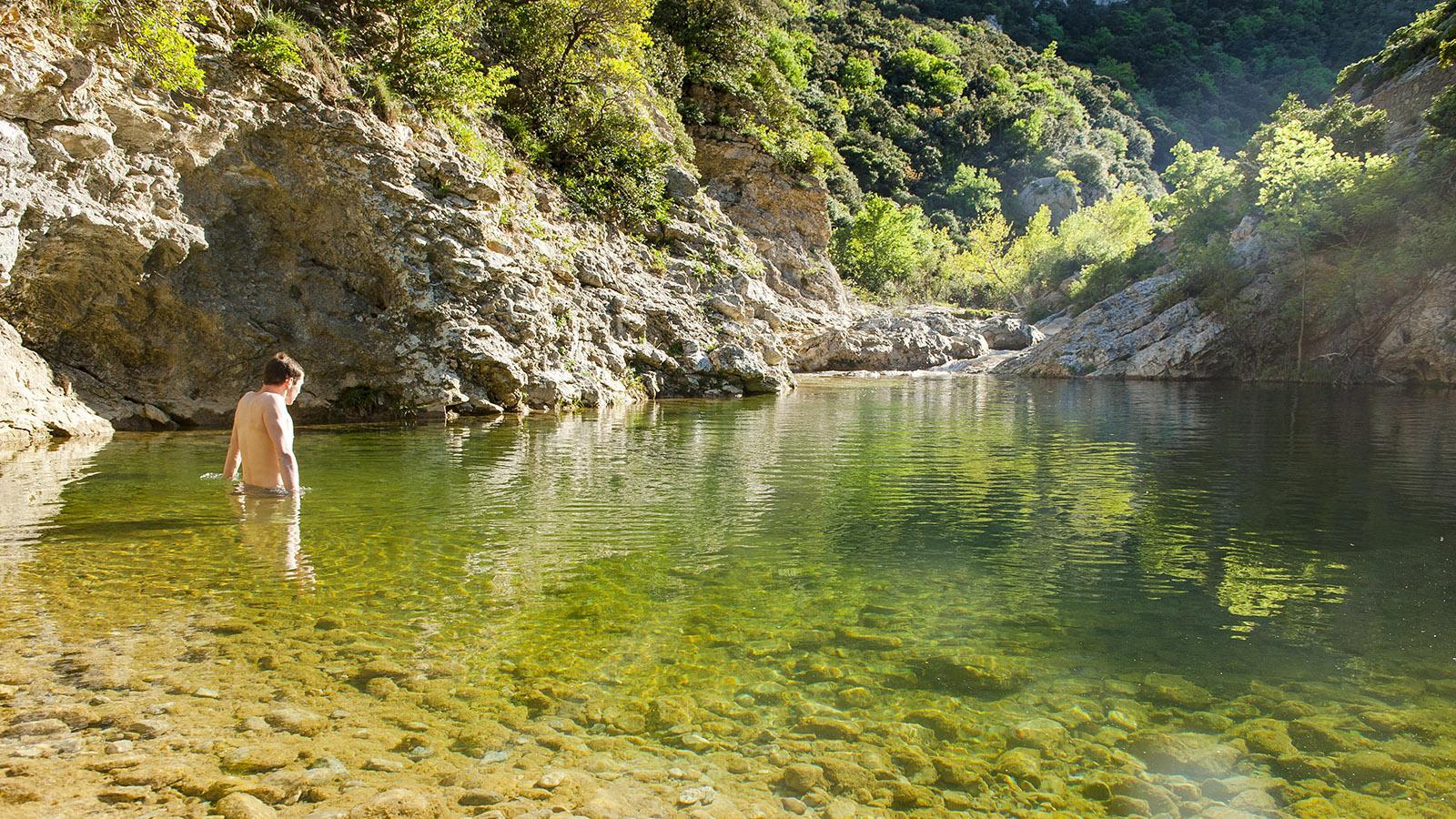 Einsame Badestelle in den Gorges de Galamus. Foto:. Hilke Maunder