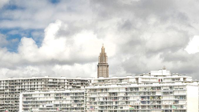 Le Havre: Blick vom Hafen auf die Église Saint-Joseph. Foto: Hilke Maunder