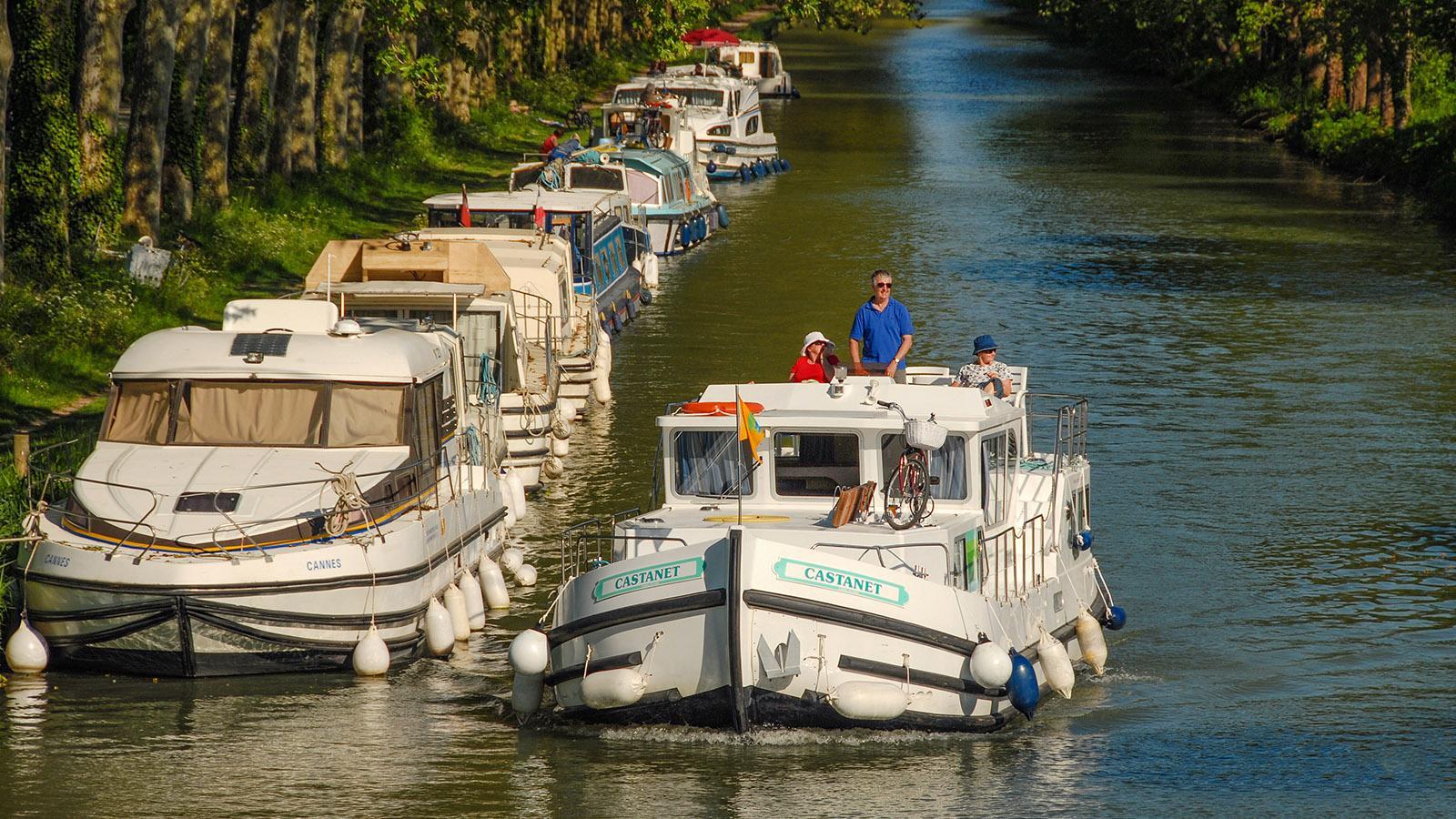 Canal du Midi: Der Hafen von Bram ist ein Treff der Hausbootfahrer. Foto: Hilke Maunder