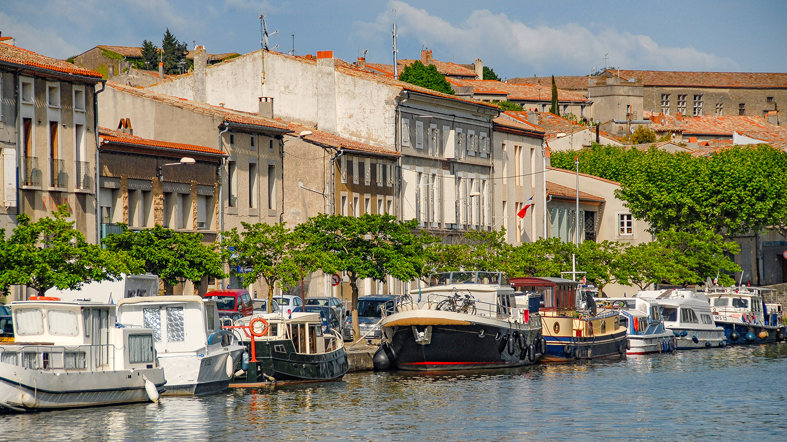 Die Kais von Castelnaudary am Canal du Midi: Foto: Hilke Maunder