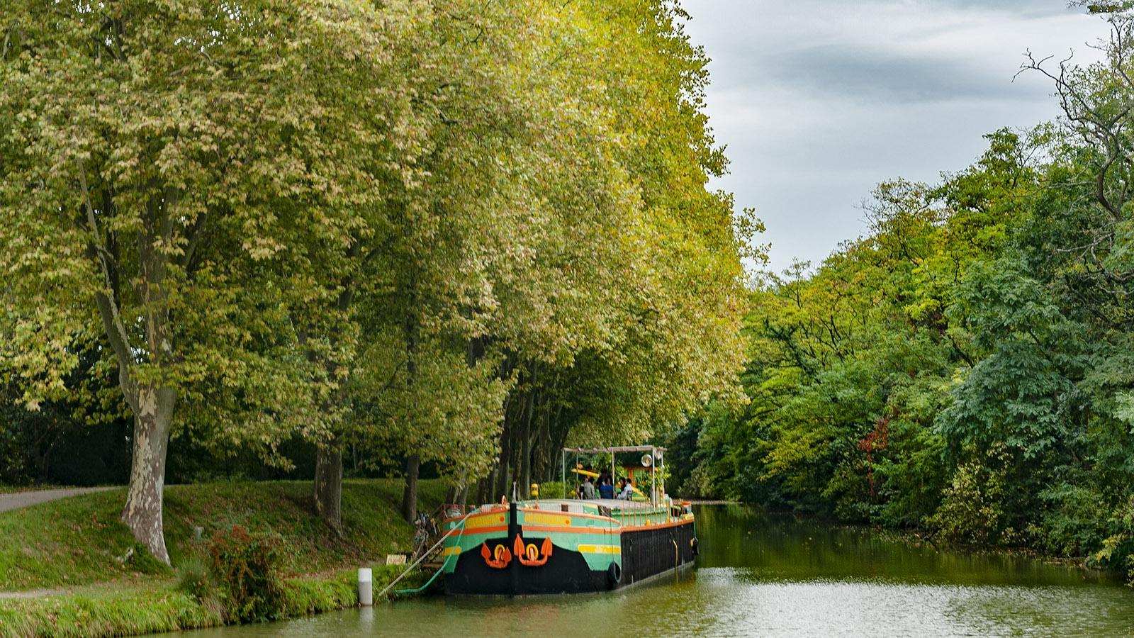 Canal du Midi: Pénichette bei der Schleuse von Montgiscard. Foto: Hilke Maunder