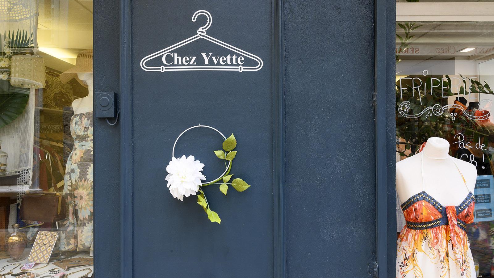 Schöner Second-Hand-Laden in der Altstadt: Chez Yvette. Foto: Hilke Maunder