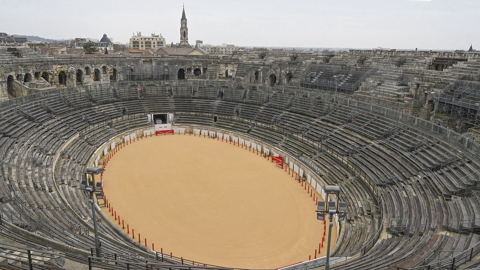 Nîmes: Arenen. Foto: Hilke Maunder