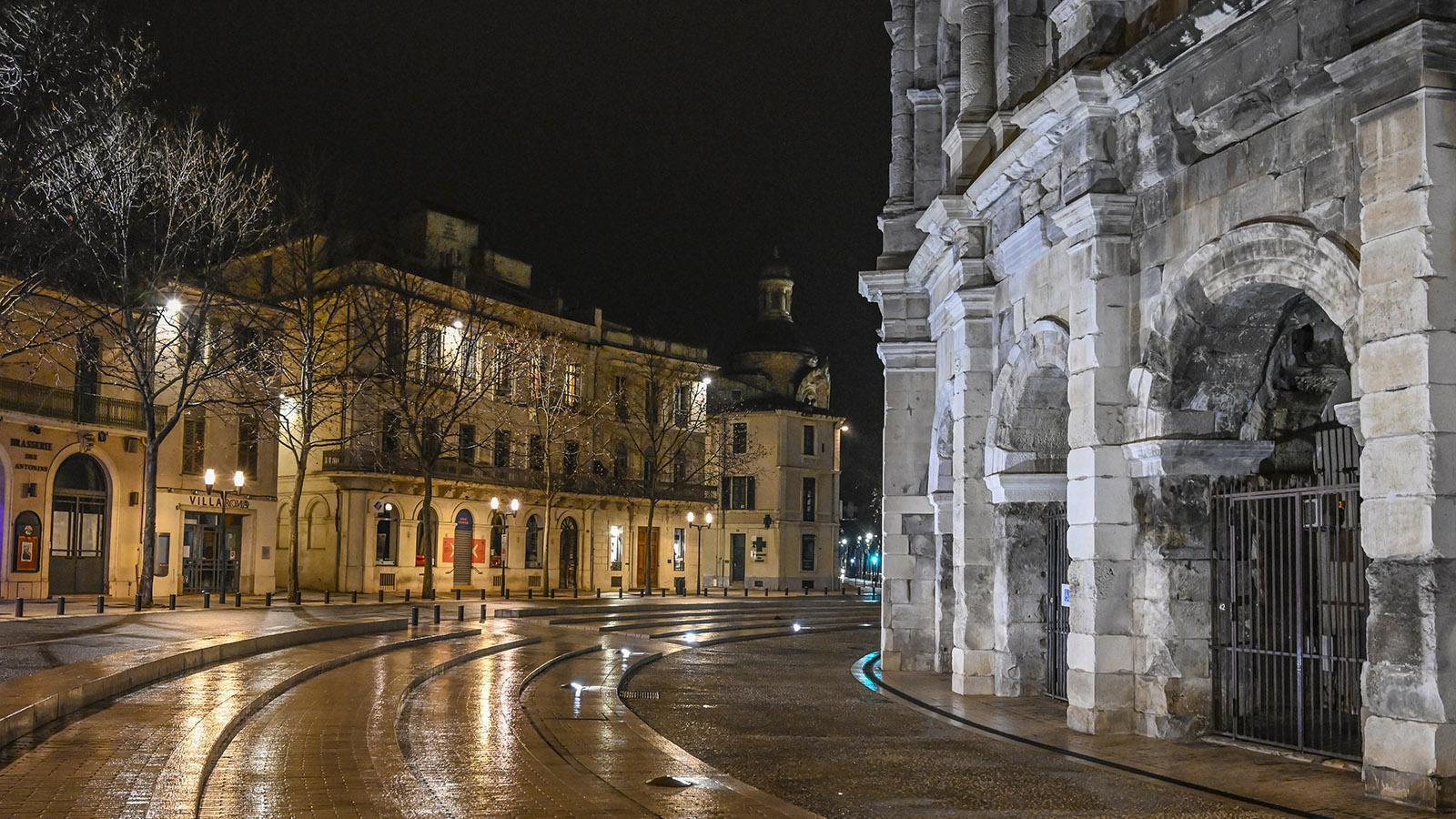 Die Arenen bei Nacht. Foto: Hilke Maunder