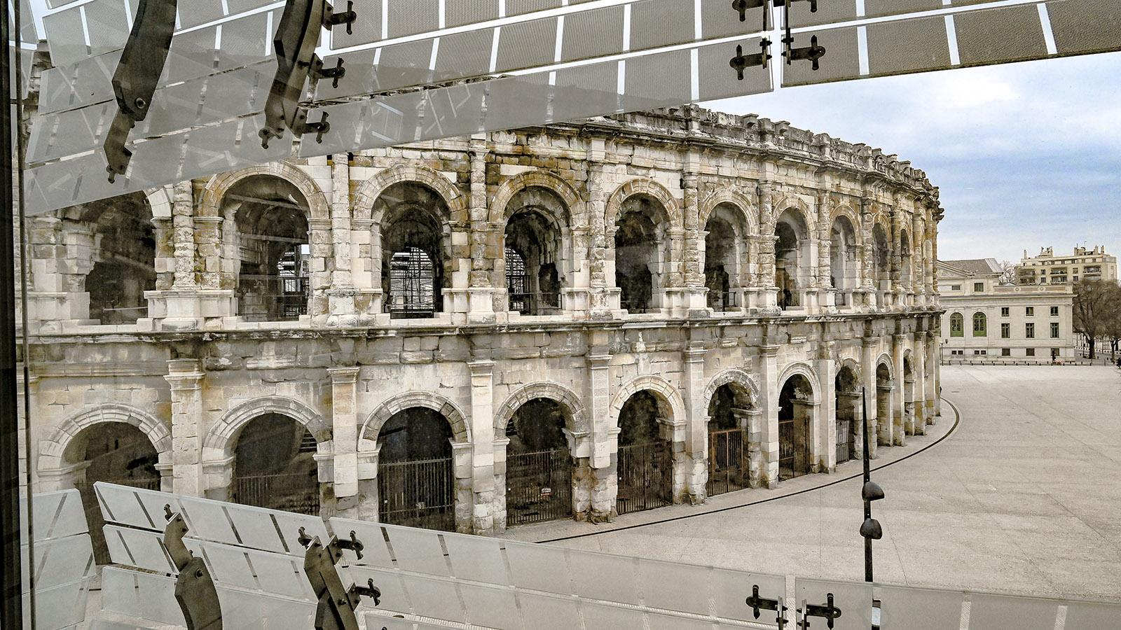 Durch die Augen des Musée de la Romanité blickt ihr auf das Amphitheater. Foto: Hilke Maunder
