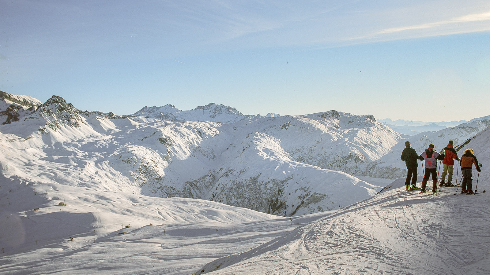 Im Skigebiet von Les Contamines-Montjoie eröffnen sich immer wieder traumhafte Panoramen. Foto: Hilke Maunder