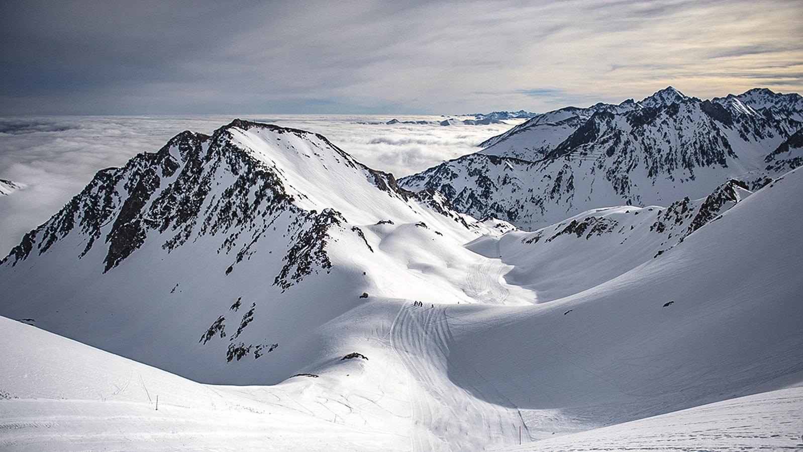 Tiefschnee oder Piste: der Skigroßraum Tourmalet bei Barèges. Foto: Hilke Maunder