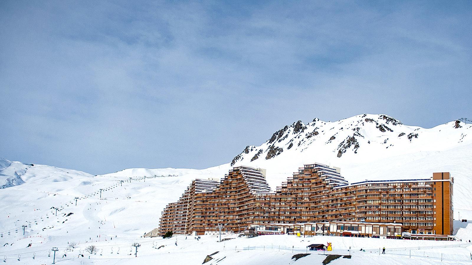 Tiefschnee oder Piste: La Mongie im Skigroßraum Tourmalet bei Barèges. Foto: Hilke Maunder