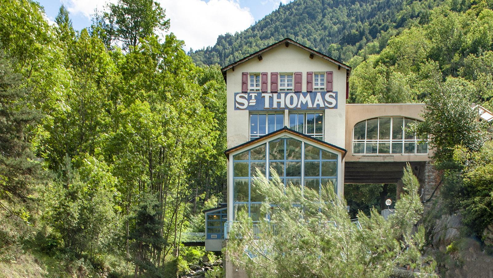 Mitten im Wald: die Bains Saint-Thomas. Foto: Hilke Maunder