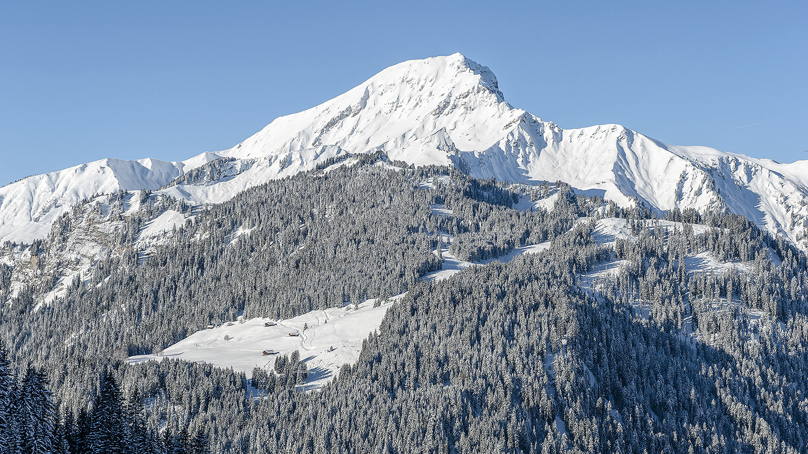Châtel: Ist sie nicht herrlich, diese Bergkulisse? Foto: Hilke Maunder