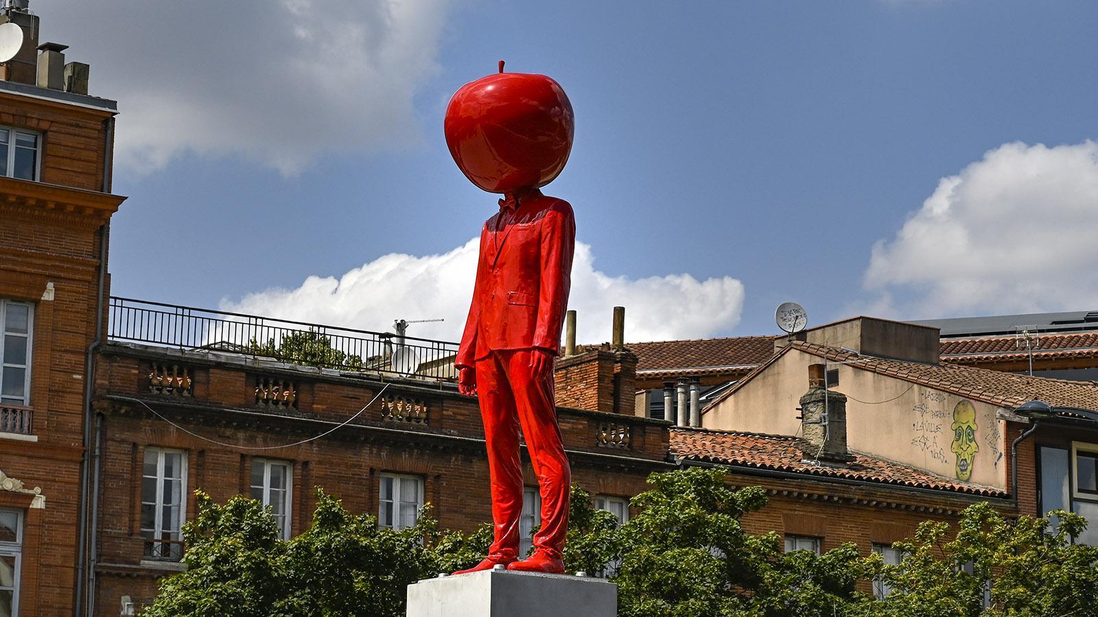 Toulouse: L'Homme à la tête de pomme auf der Ramblas von Toulouse bei der Métro Jean-Jaurès. Foto: Hilke Maunder
