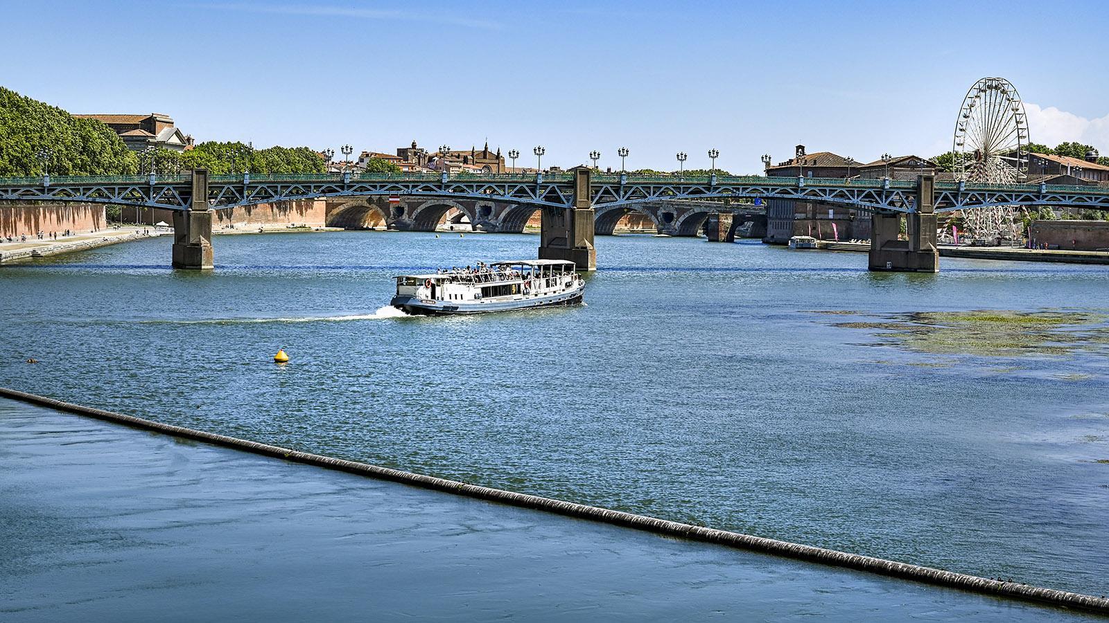 Blick auf Toulouse vom Wasserwerk Bazacle. Foto: Hilke Maunder