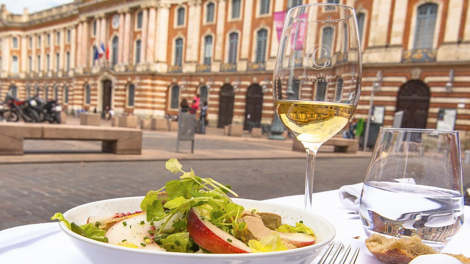 Toulouse: Schlemmen bei Christian Contant an der Place du Capitole. Foto: Hilke Maunder