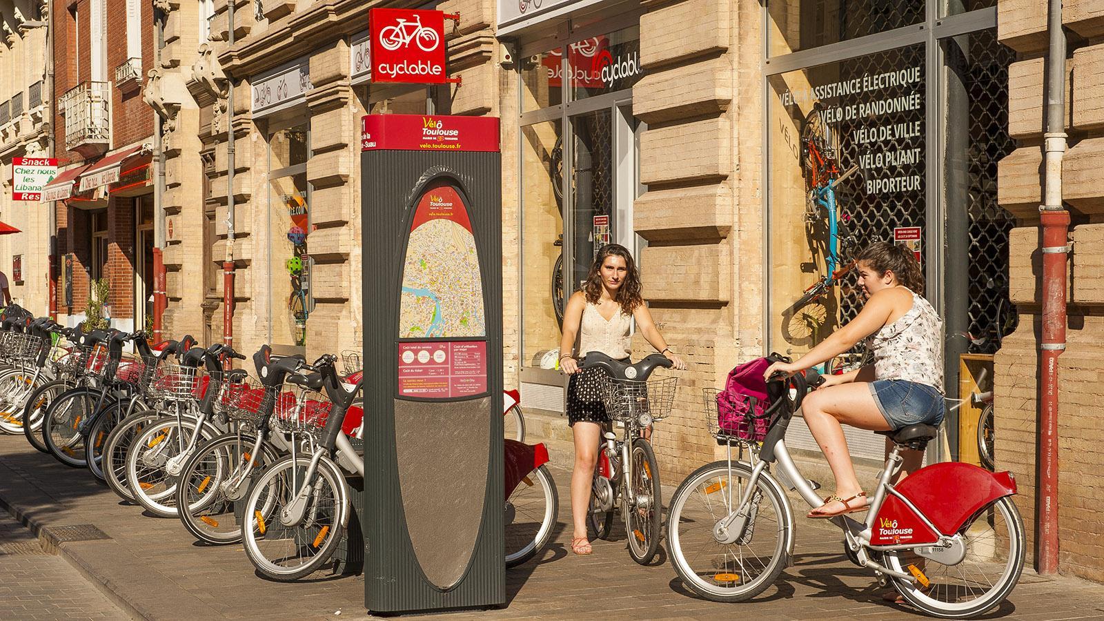 Toulouse: perfekt für Entdeckungen: die Stadträder. Foto: Hilke Maunder