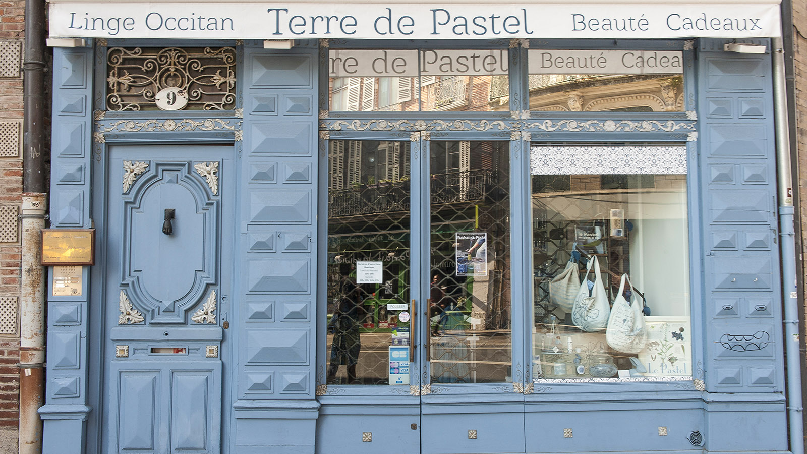 Toulouse: Terre de Pastel - eine beliebte Adresse für Pastel-Produkte. Foto: Hilke Maunder