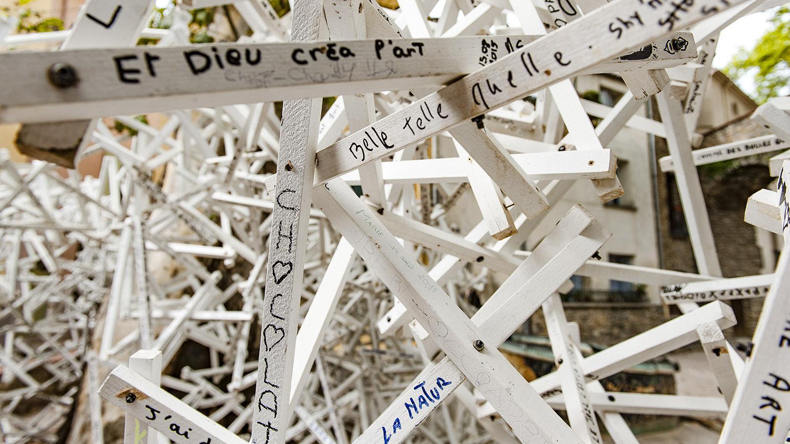 Céret: die Plastik der Worte und Wünsche. Foto: Hilke Maunder
