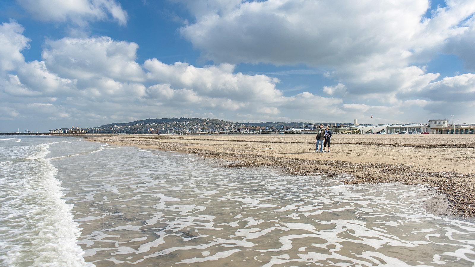 Côte Fleurie: der Strand von Deauville. Foto: Hilke Maunder