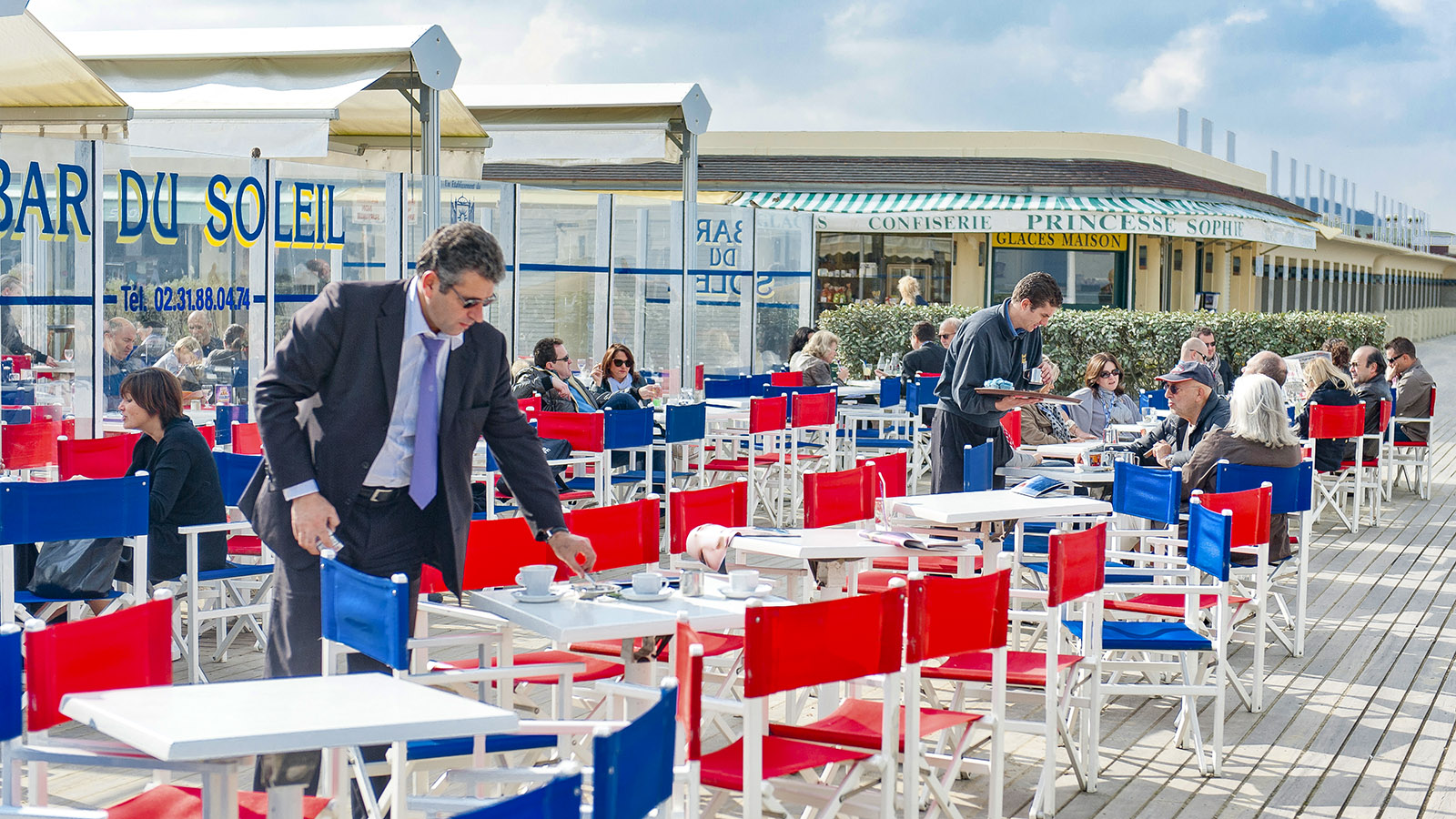 Côte Fleurie: Bar du Soleil in Deauville. Foto: Hilke Maunder