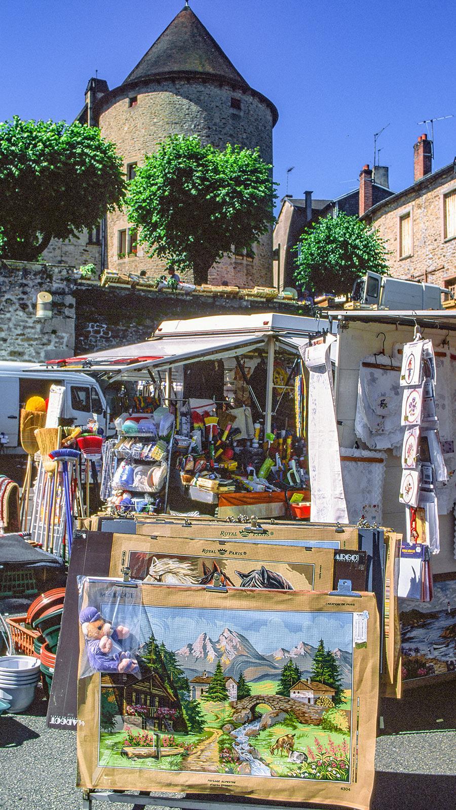 Limousin: Wochenmarkt in Bourganeuf. Foto: Hilke Maunder
