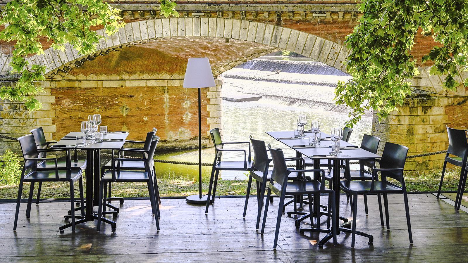 Toulouse en Terrasse: Das Freiluftrestaurant L'Écluse findet ihr an der Saint-Michel-Schleuse von Toulouse. Foto: Hilke Maunder