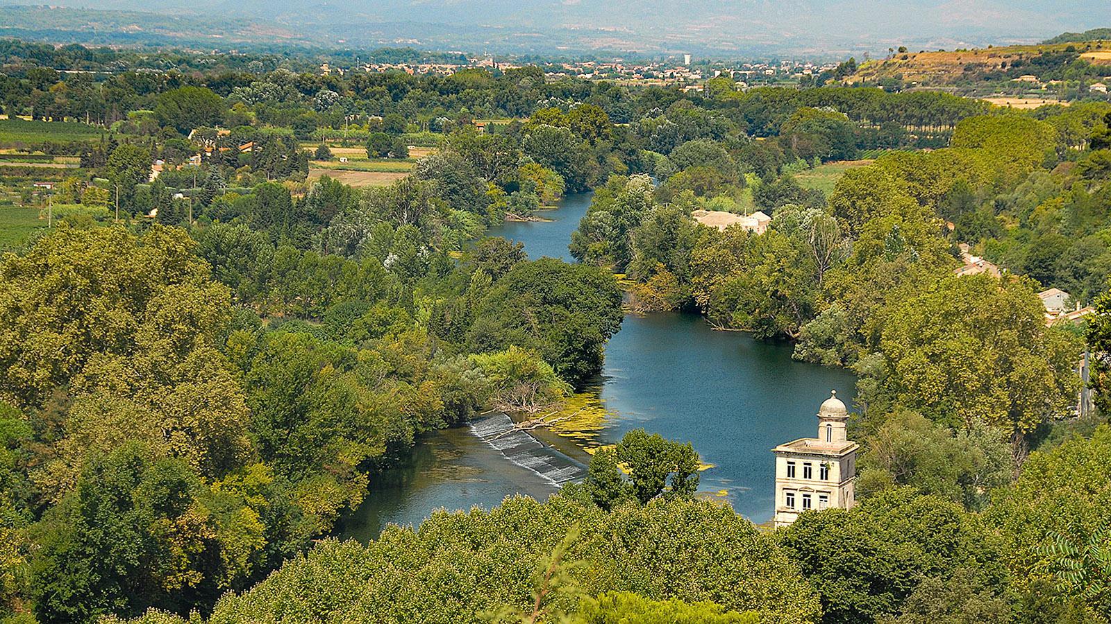 Béziers: Blick vom Aussichtspuankt an der Kathedrale auf den Orb. Foto: Hilke Maunder