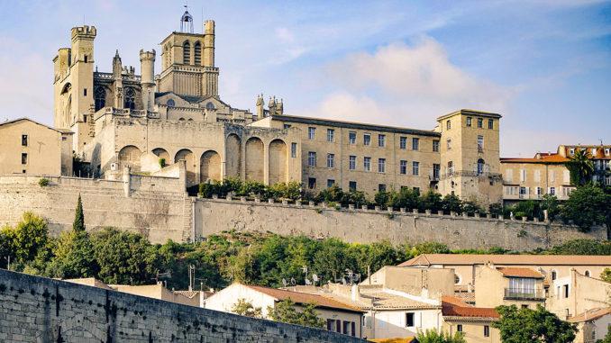 Béziers: Cathédrale Saint-Nazaire. Foto: Atout France/Nathalie Baetens